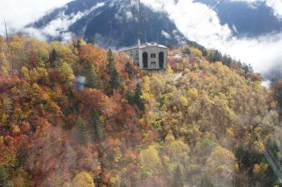 2019年10月 立山黒部アルペンルートへ紅葉を見に その2 山頂は霧の中