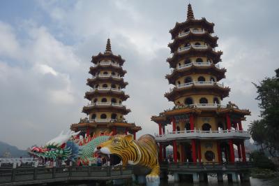 初めての高雄3日間【2日目前半】蓮池潭、龍虎塔、孔子廟、左營旧城など
