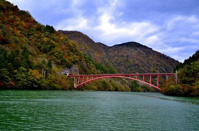 情緒纏綿 越中富山紀行⑥庄川峡観光遊覧船
