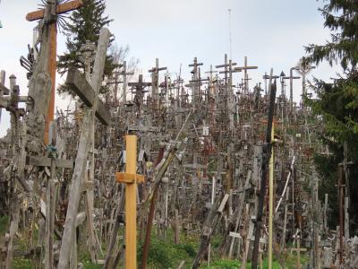 十字架の丘から国境越えてラトビア・ルンダーレ宮殿へ