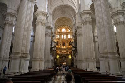 夏旅スペイン、アンダルシアのグラナダ散策と大聖堂