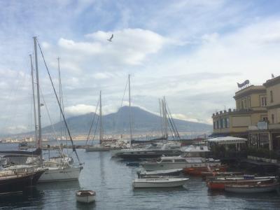 68才一人旅 ローマ・ナポリ11日間⑦サンタルチア、ヴォメロの丘