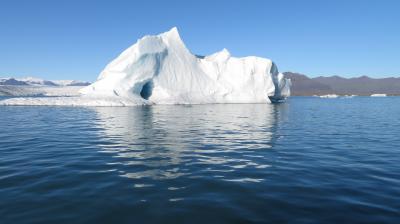 2回目親子3人アイスランド旅-その3ヨークルスアゥルロゥン・ボートツアー