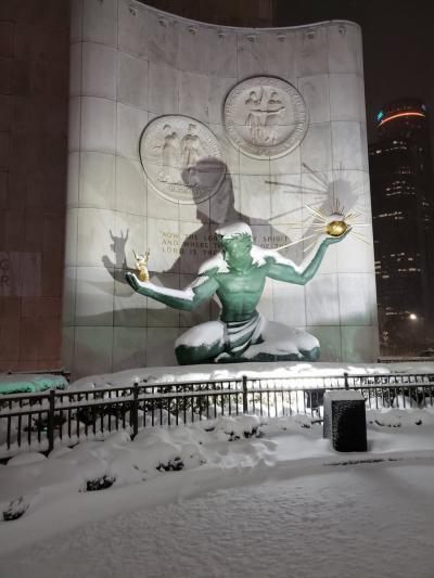 デトロイトよったら雪だった