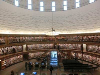 2019冬 スウェーデン03:ストックホルム 図書館とオリンピアスタディオンと武器博物館
