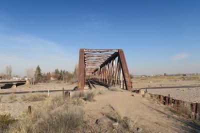 海外まで行って鉄道廃線 アルゼンチン メンドーサ=エウヘニオ ブストス鉄道廃線の旅