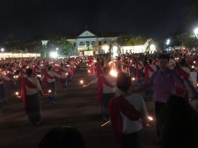 2019年11月のチェンマイ・・・Chiang Mai Yee Peng(Loy Krathong)Festival‥(Ⅱ)ローソクの舞・・