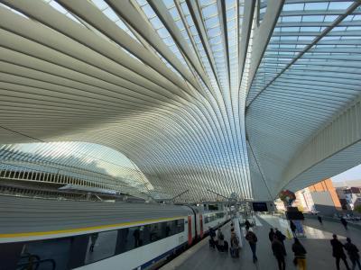 リエージュ ギユマン駅(ベルギー)