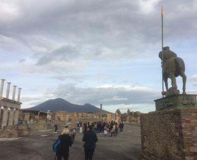 68才一人旅 ローマ・ナポリ11日間⑥ナポリ。ポンペイ遺跡