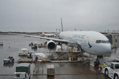 【また行っちゃっ台湾…高雄・台南・台北の旅】(1)準備と出発…キャセイパシフィック航空CX451便ビジネスクラス搭乗記
