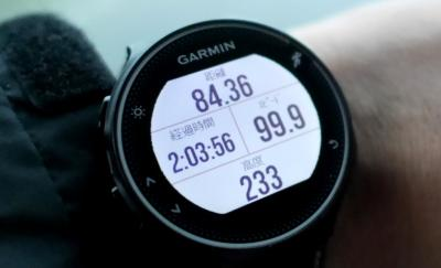 旅先でランニングウォッチを活用する ガーミン(GAMIN) ForeAthlete 230J / 旅行で重宝するGSPランニングウォッチ