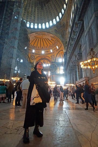 トラピックス「トルコ大周遊15日間」(30)修復中のブルーモスクを失意のうちに参拝し、アヤ・ソフィアのモザイクと久しぶりの再会を果たす。