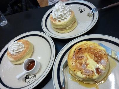 嬉し恥ずかし・・人気の『パンケーキ』🎂 「幸せたまご」 🥚 激ウマで、大満足 ^^!