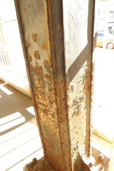 旧逗子駅こ線橋の柱