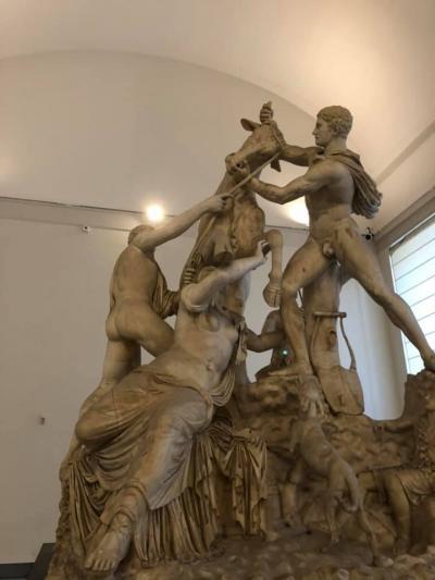 今日はナポリ 最初は国立考古学博物館