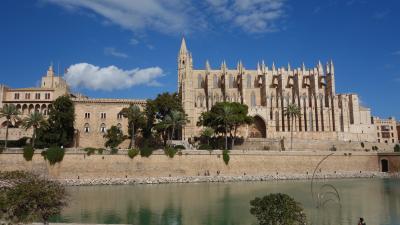 パルマ・デ・マヨルカで最初に行くところ。もちろん,大聖堂です。