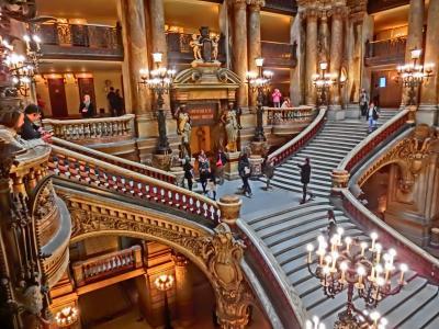 母娘パリ旅6泊8日⑤・・美味しいクロワッサンを探す。トム・クルーズに遭遇・オペラ座・オーランジュ美術館・ムーランルージュ2017.5 6日目