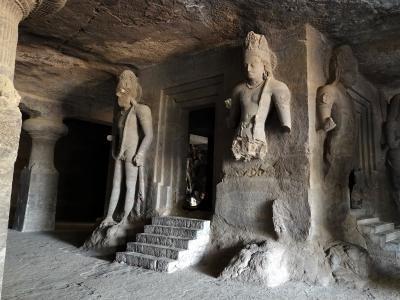 不思議な国インド訪問記 2 (エレファンタ石窟群)