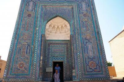 神秘的なブルーと素朴なサンドカラーが美しい東洋文化と西洋文化の交差路 in ウズベキスタン★2019 14 7日目【SKD】