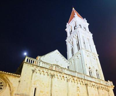 2019年11月クロアチア他(09) 夜のトロギール(クロアチア)