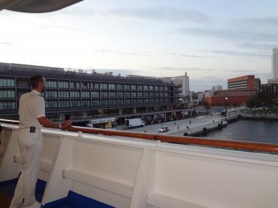 ダイヤモンドプリンセスで釜山・長崎クルーズ 終日航海&横浜ハンマーヘッドに第一号で入港!下船④