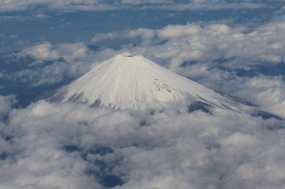 羽田→鹿児島、NH621便。(何度も見ているけど)富士山に見とれたフライト。