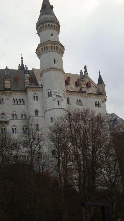 ノイシュバンシュタイン城とホーエンシュヴァンガウ城の美しい城を見学