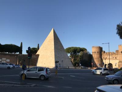 再びのイタリア⑦ クーポラとピラミド
