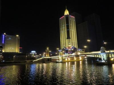 中国 「行った所・見た所」 天津(夜の解放北路を歩いて大光明橋へ)