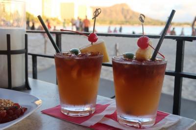 ハワイ2日目 サンドバー・天国の海へ、飲み過ぎ注意のマイタイバー