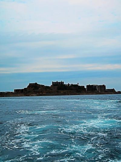 長崎27 軍艦島クルーズf 端島(軍艦島)沿岸接近 ☆石炭積出地辺り/幻の産業遺産