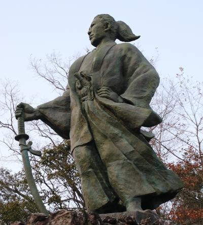 天誅組総裁吉村虎太郎像と初逢瀬