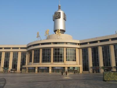 中国 「行った所・見た所」 天津(天津駅を見てから天塔へ)