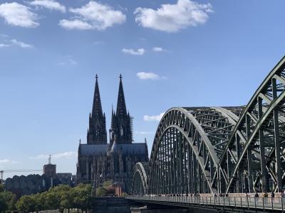 ケルン街歩き♪ 大聖堂を眺めながらゆっくりお散歩
