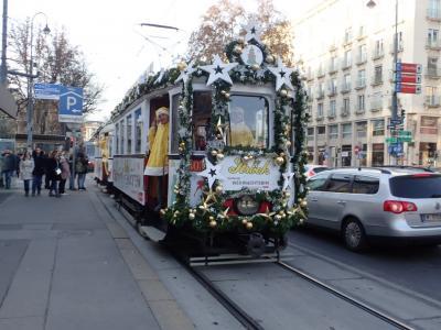 駆け足で巡る中欧6カ国 ⑤ウイーンではシェーンブルン宮殿にクリスマスマーケットの梯子
