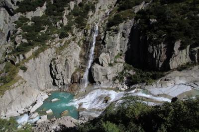 シニアー夫婦のスイスゆっくり旅行30日  (1)アンデルマット.ハイキング(9月20日)