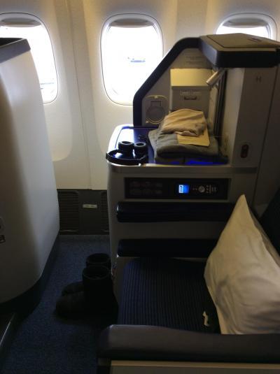 ANAビジネスで女性1人旅 ワシントン発成田 乗継大阪空港着