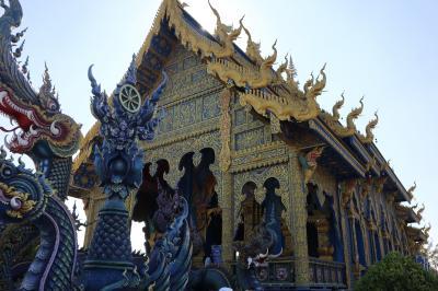 チェンライ、黒い寺院と青い寺院。(2019)