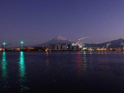 夜明け前後の田子の浦港 2019.12.24