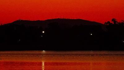 早朝散歩 久しぶりに瑞ヶ池の日の出の撮影ができました 上巻。