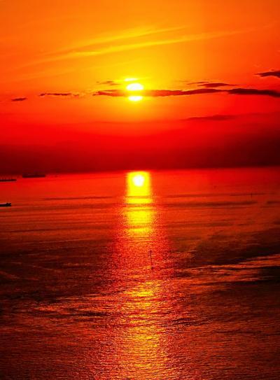 千葉ポートタワーc 東京湾-夕陽を追って 日の入り-16:26-まで ☆極彩色の光線つらねて