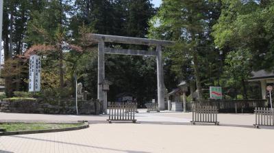 【白山比め神社と倶利伽羅不動尊と瑞龍寺】
