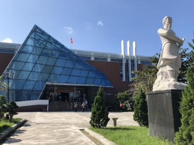 母娘二人旅:シェムリアップ&ダナン<7日目:ダナン大聖堂、ハン市場、ダナン博物館、Tin Tinスパ、帰国>
