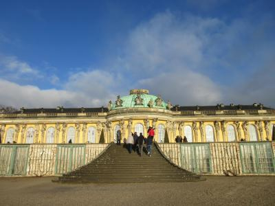 サンスーシ宮殿とポツダム会談の場所へ