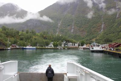 フロム鉄道と船を利用し、オスロ→ベルゲンへ。ソグネフィヨルドを見に行く旅。