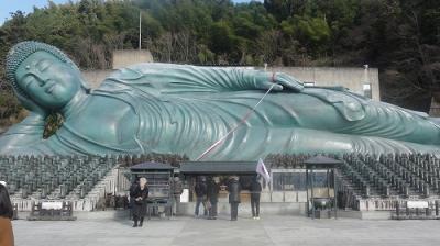 JR西日本元日乗り放題切符で博多往復 世界最大級の釈迦涅槃像がある南蔵院へ