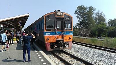 2019-2020 タイ 父のみ1人旅~ パタヤ ~ タイ国鉄は激安、帰りはドンムアンまで2時間半と激早、そして食・生牡蠣てんこもりに満足~
