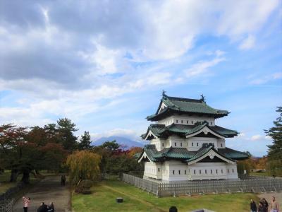 日本100名城を行く(弘前城)