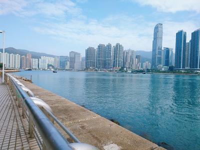 香港★荃灣から青荃橋を渡って青衣へ 午後はスニーカー買いに東涌のアウトレットへ