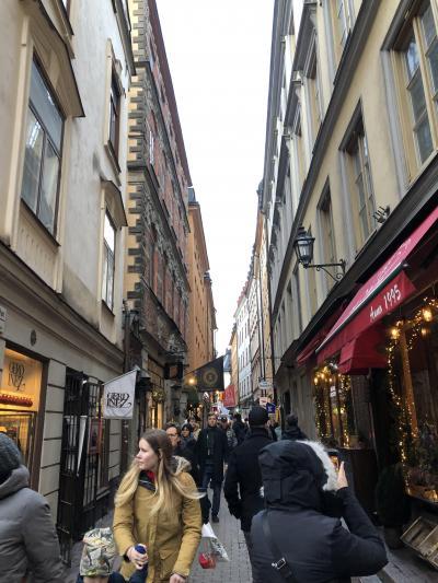 クリスマス IN スウェーデン! その2.二日目は、ガムラスタン散策と、ノーベル博物館。